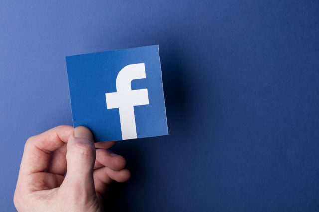 Facebook tightens rules on political advertisement before UK general election